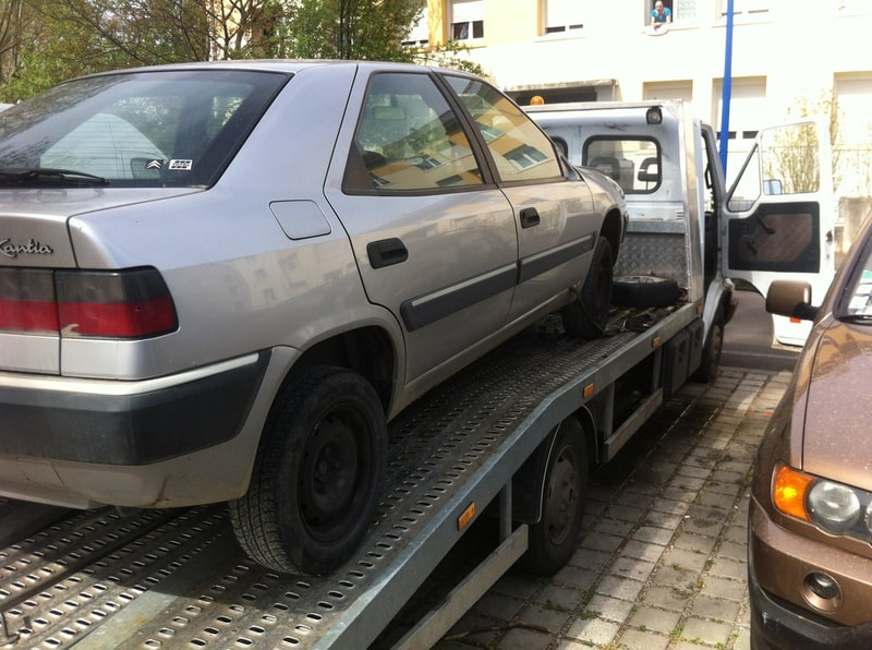 epaviste voiture Coupvray